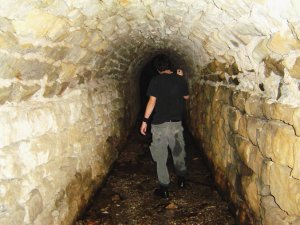 Eureka Springs Tunnel Explorer